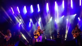 Não há estrelas no céu de Rui Veloso no palco do chicharro
