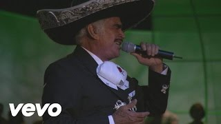 Vicente Fernández - A Duras Penas (En Vivo)