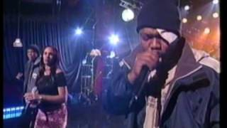 Jay-Z - Do It Again (put your hands up) LIVE feat. Beanie Sigel & Amil