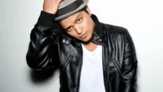 Bruno Mars - Talking To The Moon legendado