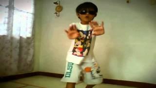 DJ Got Us Falling In Love (Music Video)