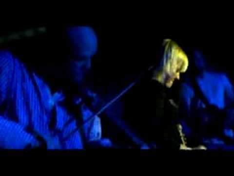 alice-russell-seven-nation-army-live-in-paris-gavin-handley