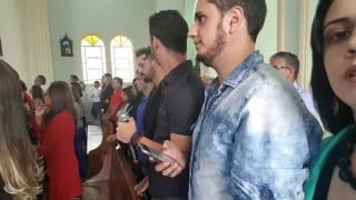 Amigos cantores surpreendendo os noivos - Música Aleluia