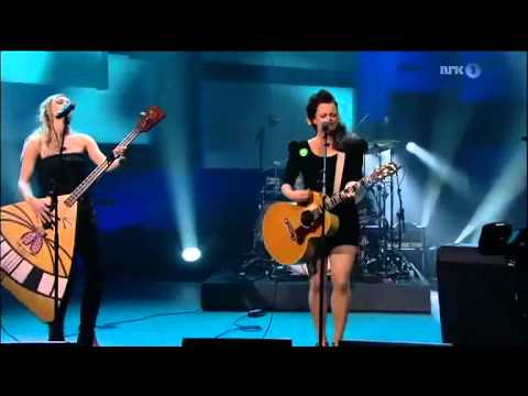 katzenjammer-land-of-confusion-live-therealmrpresident