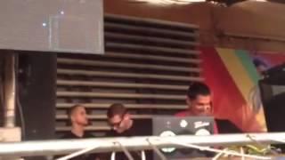 Louis Puig playing - Monkey Safari - Sirens (Mollono bass remix)