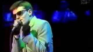 Madness - Our House Live 1983