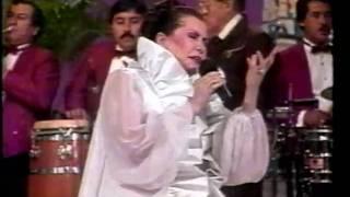 Lola Beltrán -CUANDO DOS ALMAS-1992-..mpg