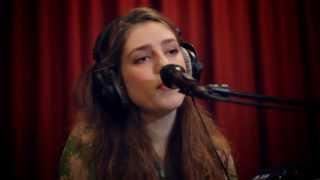 Studio Brussel: Birdy - Wings (live)