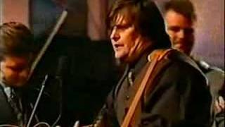 Steve Earle &  Del McCoury Band - I Still Carry You Around