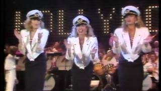 Star Sisters (Patricia Paay) Hooray for Hollywood Germany 84