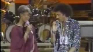 SOLID GOLD   Dionne Warwick & Lionel Richie Duet   1981 - Episode 35