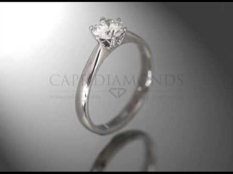 Solitaire ring,round white diamond,6 claws,platinum,engagement ring