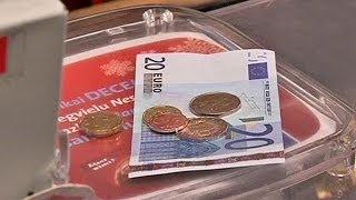 Letónia entra no clube do euro