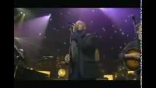 Michael Stipe ft. Chris Martin   IN THE SUN (In Live)