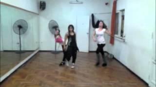 """Clase de Reggaeton en eCalas -""""Serás Mia"""" de Khriz y Angel-"""