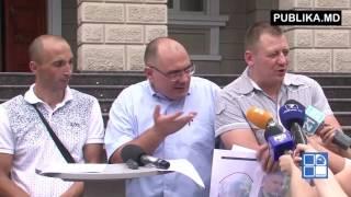 Petkov recunoaşte că a aruncat în poliţişti de Ziua Independenţei