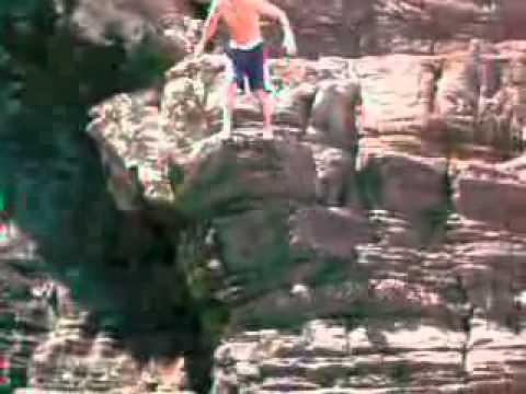 Mapuzi cliffs sea jump with Coffee Shack