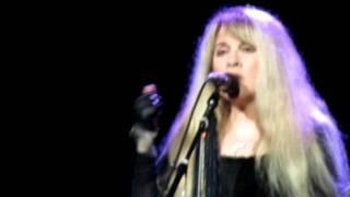 Stevie Nicks   Landslide Intro dedication to Sandra 9-3-2011   Bristow,VA