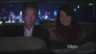 How I met your mother - Barney and Robin kiss (7x09)