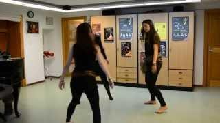 """""""Drumul Dracului"""" Danse de Moldavie par Nicole Coppey, Laura et Jessie"""