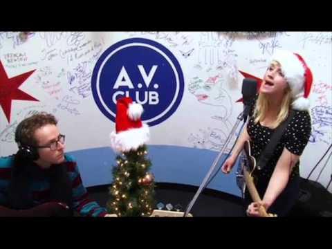 wye-oak-christmas-will-be-just-another-lonely-day-hernan-lucas-villanueva