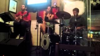 Trio Fino Trato - A Luz de Tieta (Caetano Veloso)