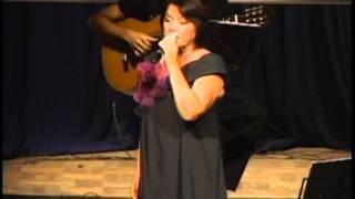 Adília Uchôa interpreta Não me Culpes (Dolores Duran)