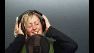 Alice Russell - Turn and Run.wmv