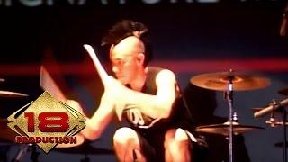 Ikmal Tobing Solo Drum | Konser MAHADEWA (Live Konser Jakarta 26 Maret 2016)