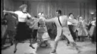 rock and roll dancer asi se baila ( Let's Rip It Up )