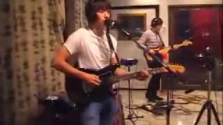 Arctic Monkeys - Old Yellow Bricks [live at KCRW Radio 2007]
