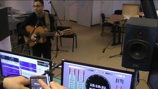 Singer songwriter Dumang Summer sings The Distance at MusicMagic December 19, 2015