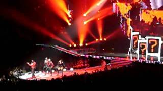 Back Eyed Peas - Where is the love (live@The E.N.D. Tour 2010 in St.Paul)