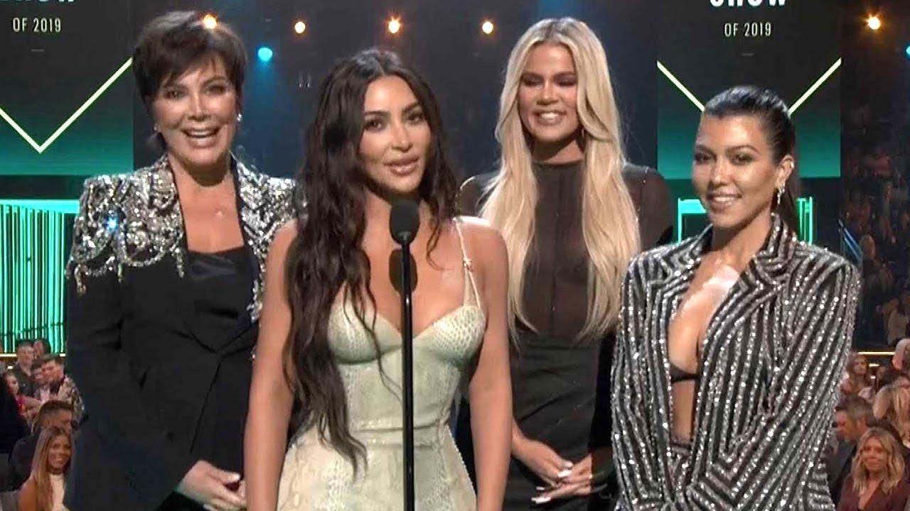 Khloe Kardashian had no idea she won a People's Choice Award