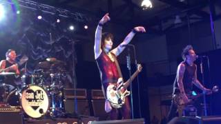 "Joan Jett & the Blackhearts - ""I Love Rock 'n' Roll"" Live 04/29/17 Millersville University, PA"