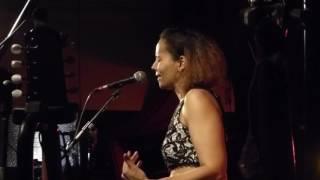 Rhiannon Giddens -  Pretty Saro Whelans Apr 2017