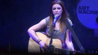 Amy MacDonald- Dancing In The Dark live at the Colston Hall (13/3/13)