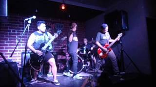 I'm Not There - Antagonist AD Cover (Live @ Selda Dos)