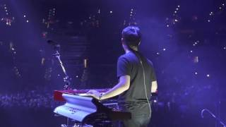 """The Chainsmokers - LIVE """"CLOSER"""" Piano Solo (Memories Do Not Open Tour)"""