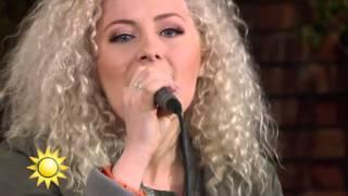 Wiktoria - Save Me (Live) - Nyhetsmorgon (TV4)