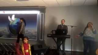 Vine a adorar al Rey - Juan Carlos Alzate ( canto profético)
