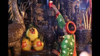 Bọn chen tại đền Trần Nam Định