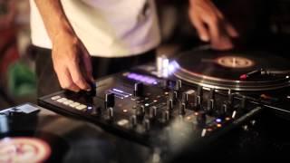 "DJ Pipe - ""Israeli rasta"" Live remake ( using turntables/ Z2 mixer/ Maschine )"