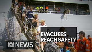 HMAS Choules has docked with more than 1000 people, 113 dogs, 3 cats, 1 rabbit & a bird  | ABC News