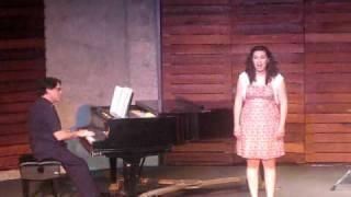"""Sarah Csiha singing """"Se tu m'ami se sospiri"""""""