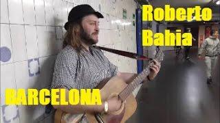 Cantante Callejero (Roberto Bahia), en el metro de Barcelona