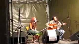 Musica de Cabo Verde. Paula y Ayrton.