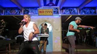 Estreno Yulien Oviedo y Blad MC live @ mulata