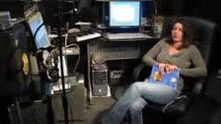 """Carolyn workin on Juan Gotti's """"Hood Thang"""" single"""