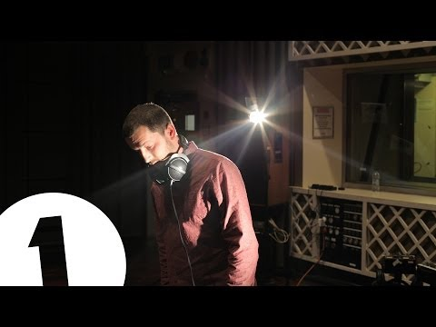 throwing-snow-the-void-live-at-bbc-maida-vale-bbc-radio-1